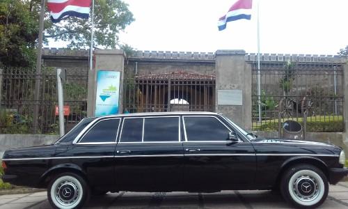 Museo-Nacional-de-Costa-Rica-LIMOUSINE.jpg
