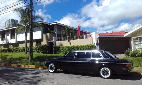 Qatar-Embassy.-Rohrmoser-Costa-Rica-Mercedes-w123-300D-limousine..jpg