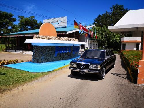 Hotel--Club-Punta-Leona-Jaco.-300D-MERCEDES-W123-LIMOUSINE-TRANSPORTATION.jpg