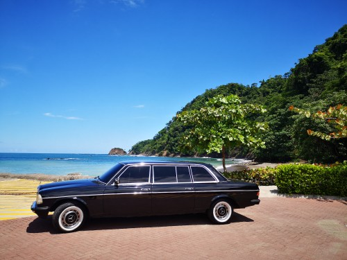 MERCEDES-300D-LIMOUSINE-AT-THE-BEACH-IN-COSTA-RICA.jpg