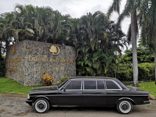 DoubleTree-Resort-by-Hilton-Central-Pacific.-COSTA-RICA-LIMOUSINE-W123-300D-MERCEDES-LANG.jpg