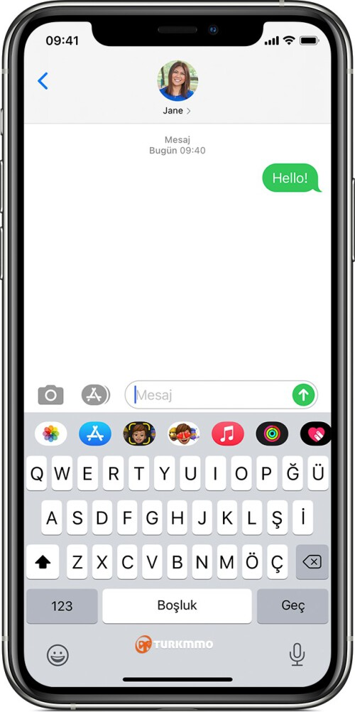 ios14-2-iphone11-pro-messages-send-green-sms-text.jpg